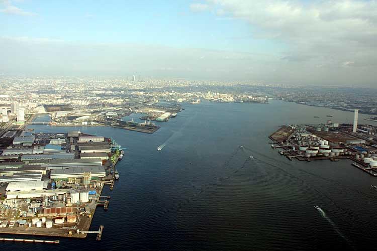 2008年頃の名古屋港<br>[24/24]
