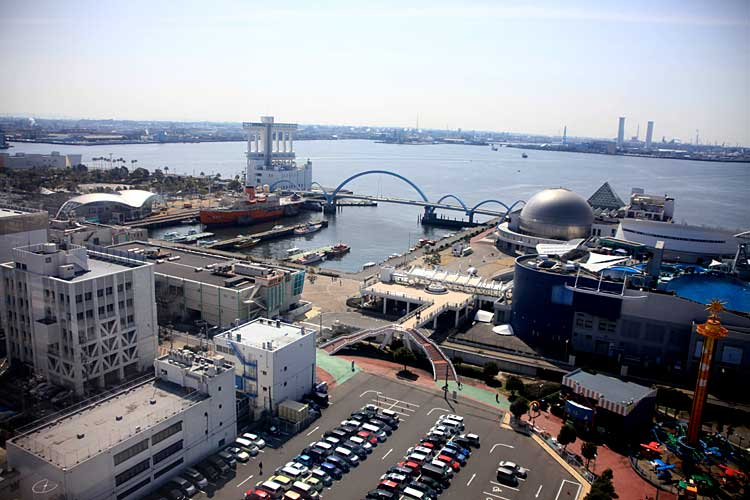 ガーデン埠頭と名古屋港水族館<br>(2012年撮影)[14/22]