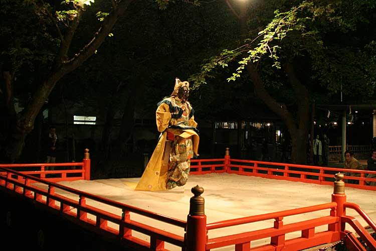 東照宮例祭 <br>舞楽奉納(2011年撮影)[6/22]