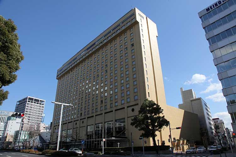 名古屋観光ホテル北面<br />(2012年撮影)[7/24]