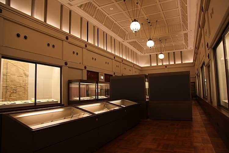 本館展示室(旧館)<br />様々な企画展、特別展を開催[15/20]
