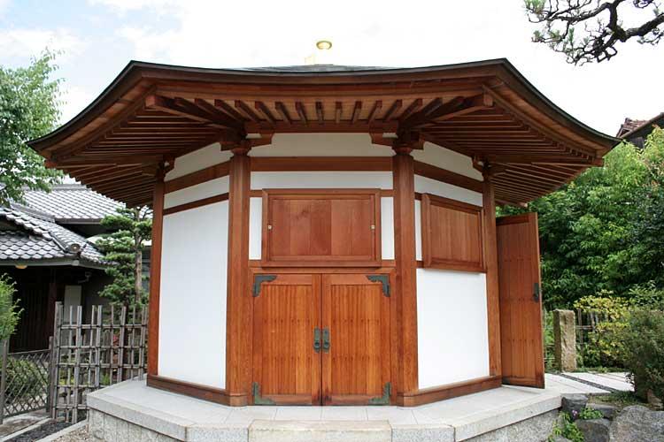 法蔵寺八角堂<br>平成16年2004)再建[9/19]