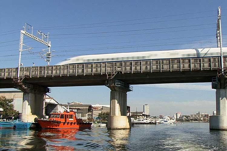 JR新幹線鉄橋<br>[4/22]