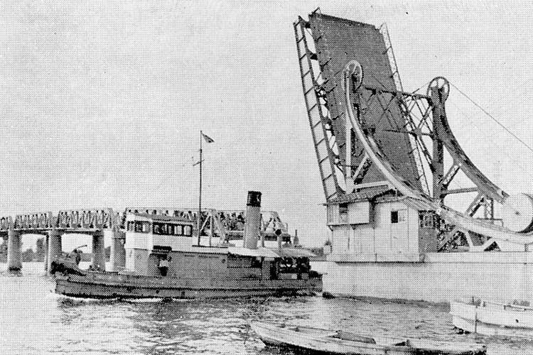 旧港新橋<br>昭和12年(1937)完成[12/22]