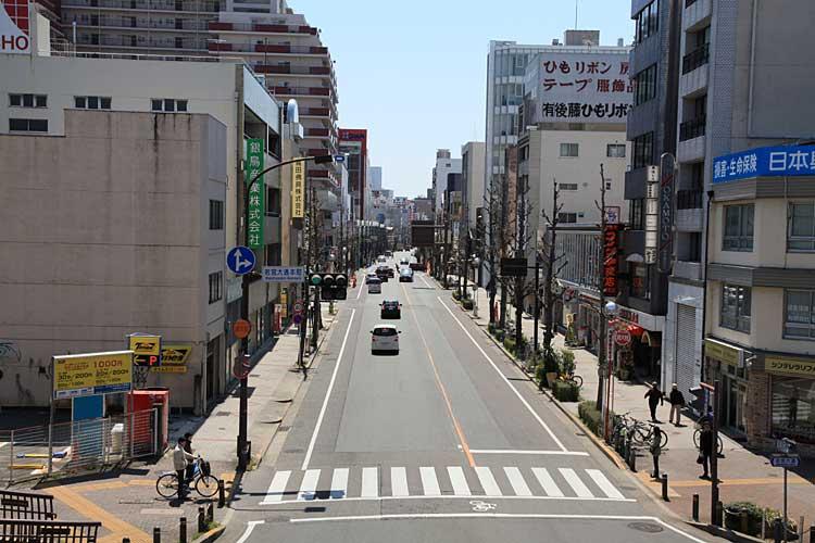 若宮通本町から南方向<br>(2012年撮影)[7/22]