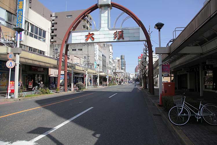 大須交差点から北方向<br>(2012年撮影)[8/22]