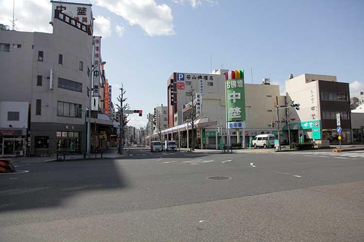 大須交差点南方向<br>(2012年撮影)[17/22]
