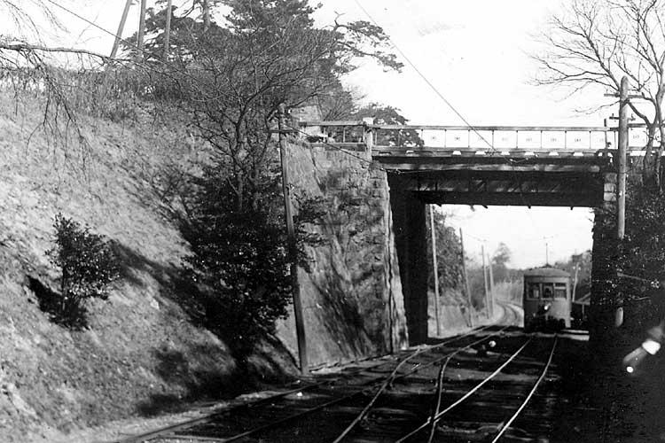 お濠電車-明治44年(1911)<br>から昭和51年(1976)[12/20]