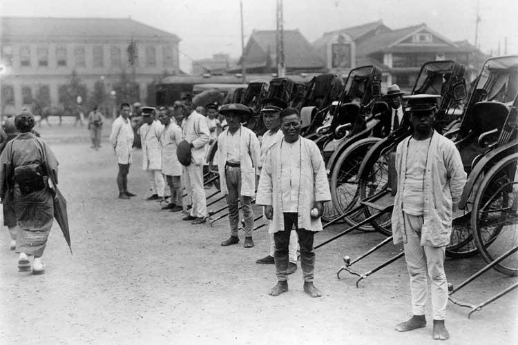 大正時代(1912-1926)<br>末頃の名古屋駅前[10/19]