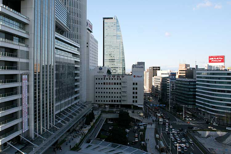 現在の名古屋駅前<br>(2012年)北西方向[9/22]