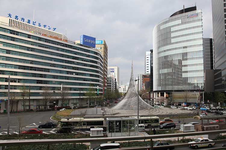 現在の名古屋駅前桜通<br>(2012年)[11/22]