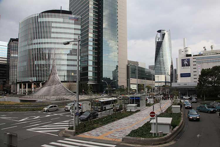現在の名古屋駅前<br>(2012年)南東方向[13/22]