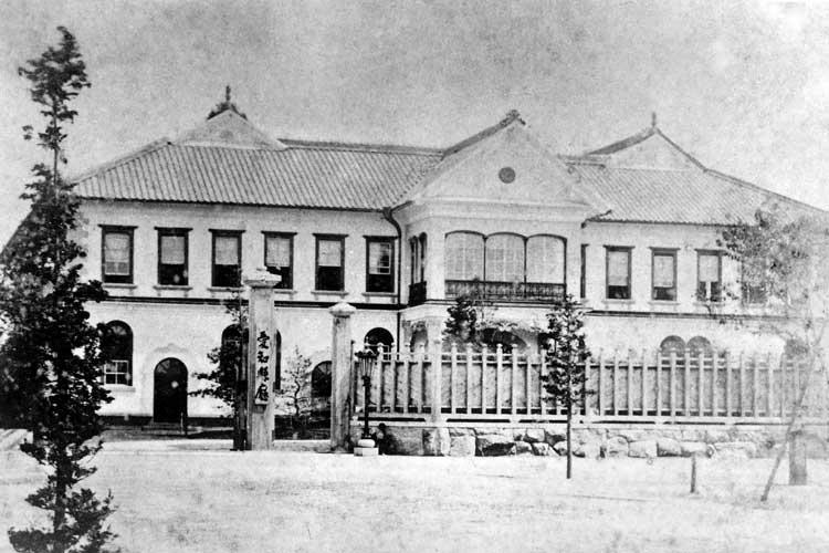 南久屋町時代の<br />愛知県庁(1877~1900年)[3/24]