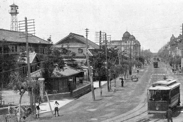 大正時代(1912-1926)中頃の<br />名古屋市役所前広小路[2/24]