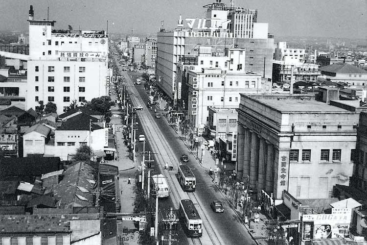 昭和34年(1959)頃の<br />広小路と丸栄百貨店[21/24]