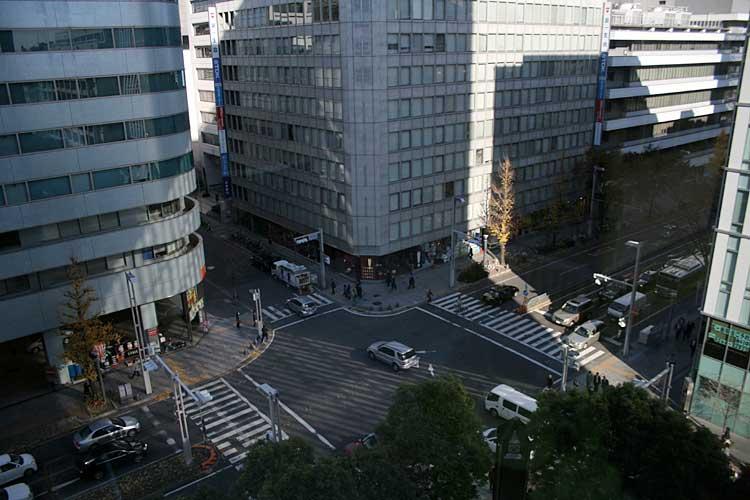 昭和初期まで官庁街があった場所<br>中区栄4-2,新栄町2-13(2012年撮影)[18/21]
